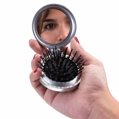 Thap  Brindes - Escova com espelho personalizada . Escova com espelho redonda em plástico resistente. Parte superior plana e parte inferior emborracha com relevo, est...