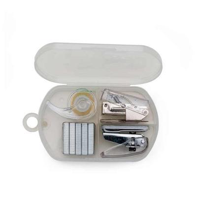 Thap  Brindes - Kit escritório 4 peças em estojo plástico. Possui: - grampeador - conjunto com dez grampos - furador de papel  - fita adesiva.  Consulte outros produt...