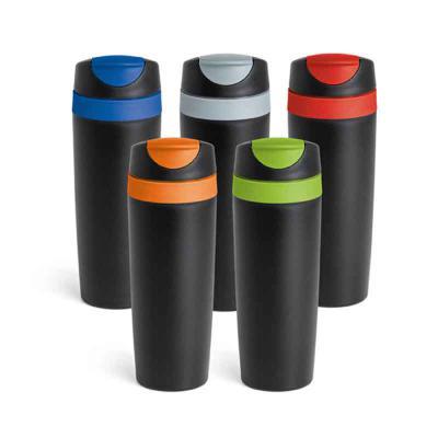 Mexerica Brindes - Copo para viagem em plástico PP, com parede dupla e tampa. Capacidade 510 ml.