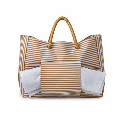 Wersatil - Bolsa de praia listras com bolso para toalha de praia frente x verso para chinelos Criação  Wersatil .