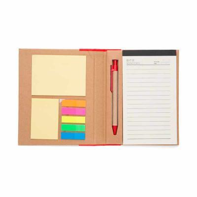 j-e-brindes - Bloco de anotações ecológico com caneta e sticky notes, material kraft. Possui uma faixa colorida em tnt e fita elástica, parte interna com suporte pa...
