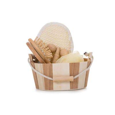 J.E Brindes - Kit banho de madeira com 5 peças. Possui: espelho, escova de cabelo, esponja de banho, bucha de banho e massageador. Acompanha balde com alça e pegado...