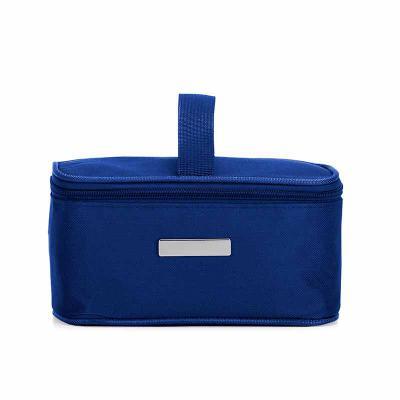 J.E Brindes - Bolsa térmica 2,6 litros em nylon com alça para mão, parte interna com revestimento térmico e acompanha plaquinha para personalização avulsa.  Medidas...