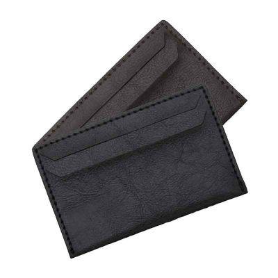J.E Brindes - Porta cartão em couro sintético com duas divisórias frontais, verso liso.
