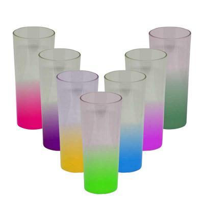 Multimídia News - Copo Long Drink 330ml com cores na base gradiente. Material: PS Acrílico  Nossos copos Long Drinks são feitos apenas com produtos de excelente qualida...