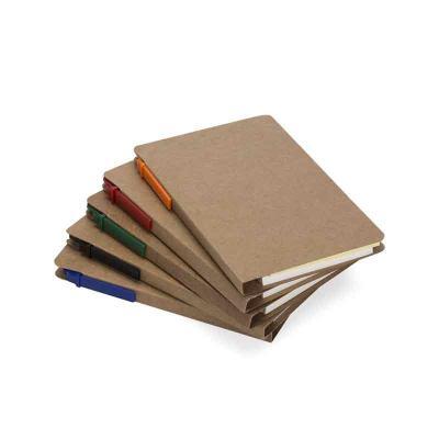 Totus Brindes - Bloco de anotações (com aproximadamente 70 folhas) com caneta ecológica e post-its coloridos. Bloco e caneta personalizados em silk.
