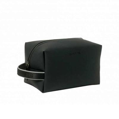 Smart Promocional - Couro sintético. Interior forrado.  Fornecida com embalagem de algodão.  21comp. x 14 larg.x 12 alt. cm