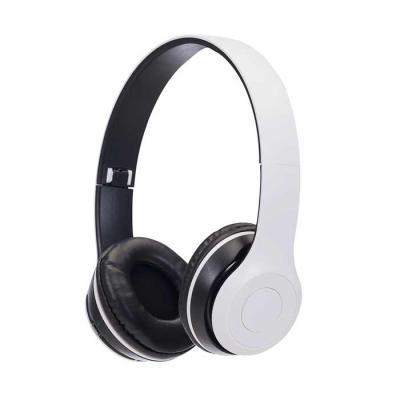 SOMA Brindes - Fone de ouvido bluetooth com pintura fosca e rádio FM. Material articulável plástico com hastes de altura regulável e protetor de couro sintético com...