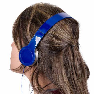 QI Brindes - Fone de ouvido estéreo articulável, protetor em material sintético com espuma e material plástico inteiro colorido com detalhes prata. Headfone de has...