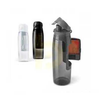 QI Brindes - Squeeze. TritanT. Com compartimento para cartões, chaves e dinheiro. Capacidade: 800 ml. Food grade. ø80 x 260 mm