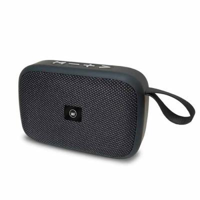 QI Brindes - Dimensões(produto): 7,8 x 11,5 x 3,8 cm  - Dimensões(embalagens): 14 x 8 x 4  - Permite a transmissão de música sem a necessidade de fios  - Atende ch...