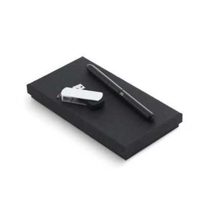 QI Brindes - Kit pen drive e caneta personalizado
