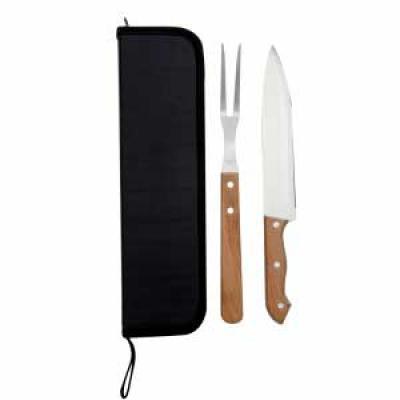 Tiff Gráfica - Kit churrasco 2 peças em estojo de Nylon com alça. Possui: 1 faca e 1 garfo, parte interna com velcro para guardar as peças. Tamanho do Kit: 36 cm x 9...