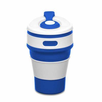 """Tiff Gráfica - Copo retrátil 350ml de silicone, livre de BPA. Tampa plástica de encaixe com abertura para o bocal, acompanha """"luva"""" plástica branca, evitando queimar..."""