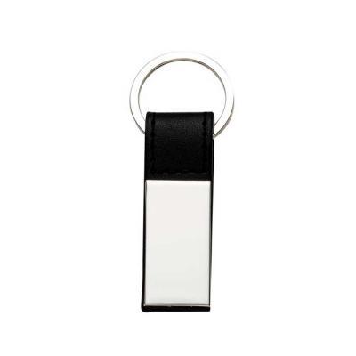 maxim-brindes - Chaveiro de metal liso com detalhe em couro.