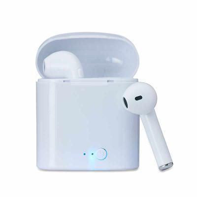 Maxim Brindes - Fone de ouvido bluetooth com case carregador. Acompanha cabo USB.