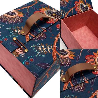 Rnaza Prana Material Promocional - Caixa Personalizada em cartão rígido
