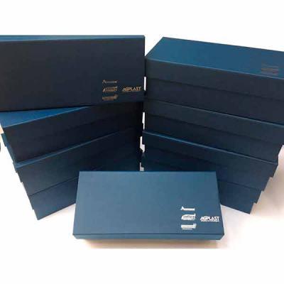 Rnaza Prana Material Promocional - Caixa Personalizada em papelão rígido