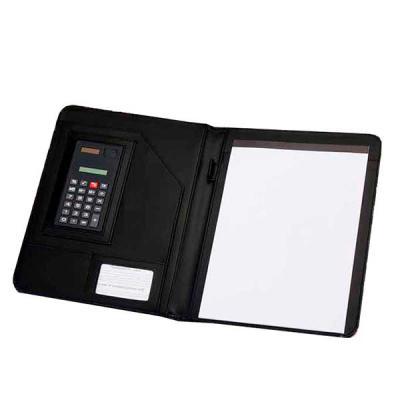 Mathias Promocionais - Pasta convenção de couro sintético, possui calculadora solar plástica de 8 dígitos, suporte para cartão, suporte com visor para cartão de identificaçã...