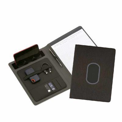 ArtPromo - Pasta executiva com bloco de anotações de 20 folhas A4 pautada, Carregador de Telefone Celular sem fio na capa, Bolso interno p/ cartões, suporte p/ C...