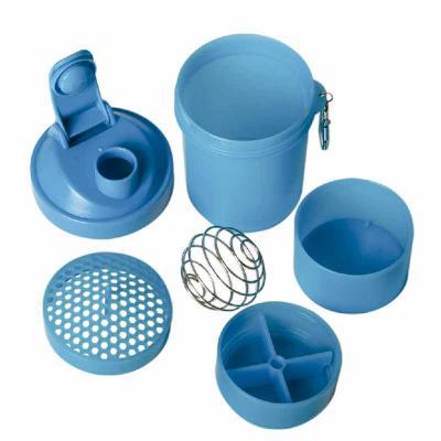 ArtPromo - Coqueteleira 400ml Porta Suplementos  Descrição: Coqueteleira 400ml plástica porta suplementos desmontável. Possui: copo 400ml(medida em ml e oz), com...