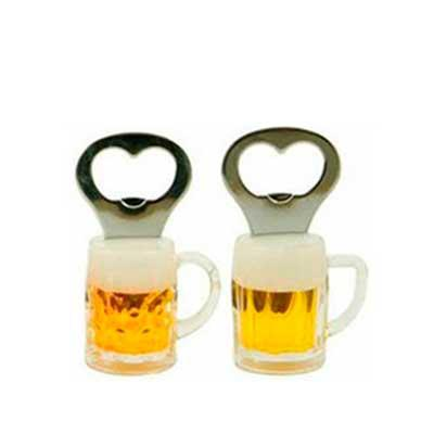 Genialle Brindes & Personalizados - Abridor de cerveja com imã em formato de caneca de chopp