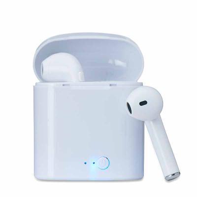 MarkhaBrasil Brindes Personalizados - Fone bluetooth plástico com case carregador. Para utilização do produto, pressione e segure o botão lateral de ambos fones ao mesmo tempo, luzes led e...