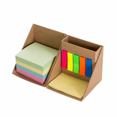 Lesan Brindes e Produtos Promocionais - Bloco de anotações formato cubo com autoadesivos, abre e fecha em diagonal. Seu cliente sempre vai estar com ele em sua mesa de escritório. Possui 5 b...