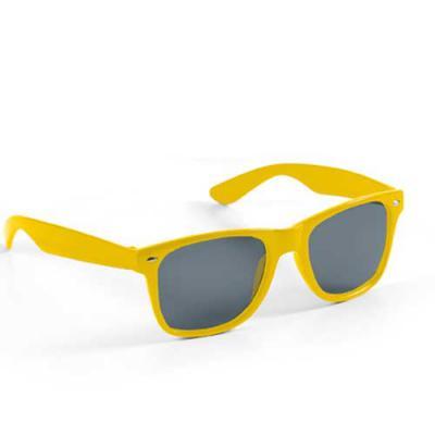 Digital Brinde - Óculos de sol personalizado para brindes com proteção UV. Com ótimo acabamento, leve e portátil esse modelo possui grande variedade de cores. É o brin...