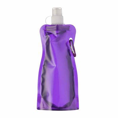 Mare Brindes e Presentes Personalizados - Squeeze dobrável de plástico com 480ml. Squeeze colorido acinturado com mosquetão superior de acordo com a cor do squeeze, possui tampa de bico textur...