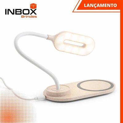 Inbox Brindes - Luminária com Carregador Wireless LEZZO