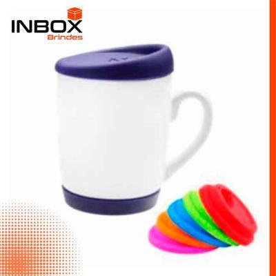 Inbox Brindes - Caneca com tampa e base
