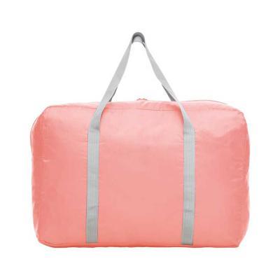 More Gifts - Bolsa de viagem dobrável confeccionada em poliéster e alça para mãos em nylon.  Possui bolso principal na parte superior, bolso frontal também utiliza...