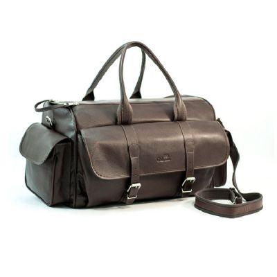 Galvani Couros - Mala personalizada com Alça de Mão e de Ombro, bolso lateral e bolso frontal com 2 fivelas, toda pespontada, fechamento com zipper.
