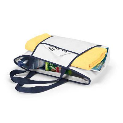 Harmoniza Brindes - Sacola térmica. 600D. Fecha com zíper. Compartimento exterior aberto (forrado) com bolso frontal. Alças em webbing de 55 cm. Capacidade até 9 litros....