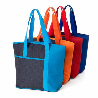 Envolve Promocional - Bolsa térmica de poliéster com capacidade de 15 litros, diversas cores.
