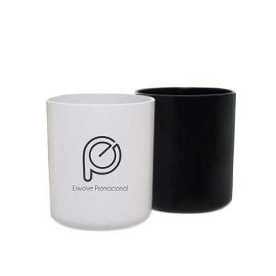 Envolve Promocional - 350 ml em PS cristal.  Lindo copo pub personalizado promocional com formato e design diferenciado para você destacar sua marca com elegância!
