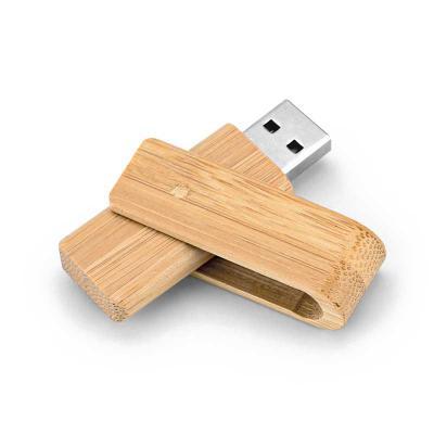 Envolve Promocional - Pen drive feito de bambu.