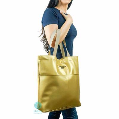 kelly-pinheiro - Sacola Chamonix modelo praia dourada