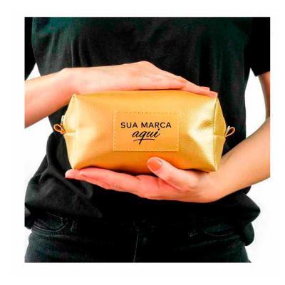 Kelly Pinheiro Brindes - Necessaire Dourada