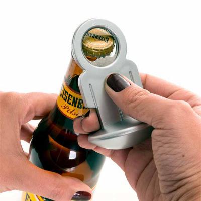 Brindi Produtos Corporativos - Abridor de garrafa personalisado formato homem