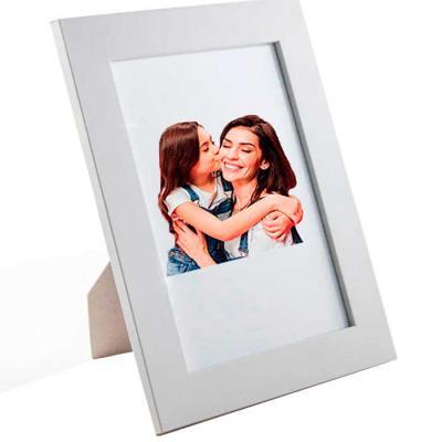 Brindi Produtos Corporativos - Porta retrato Personalizado confeccionado em MDF com vidro  Tamanho: A5 - 15x21 cm