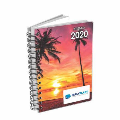 Hukyplast - Agenda diária personalizada com miolo impresso em duas cores em papel offset 63g, com 344 páginas e 8 mapas em 4 cores, com índice telefônico e tabela...