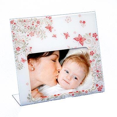 AD Plastic - Porta retrato em acrílico cristal recortado a laser, personalizado, com impressão digital UV. Dimensões gerais: 200x180mm