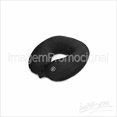 Imagem Promocional - Almofada massageadora. Cores disponíveis: PT / AZ / VM