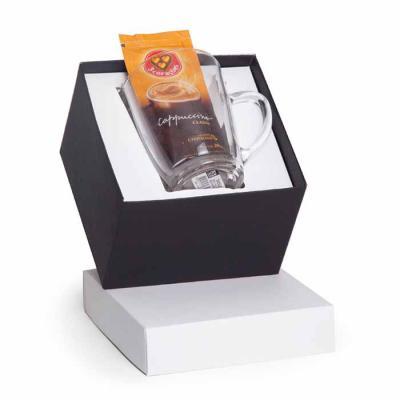 Imagem Promocional - 1 Caneca Tarsila reta de vidro 300ml 1 Cappuccino 3 corações 20g 1 Caixa branca e preta para presente 14x14x10cm / Peso 0.394g