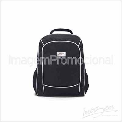"""Imagem Promocional - Mochila porta notebook até 15"""" com 03 compartimentos."""