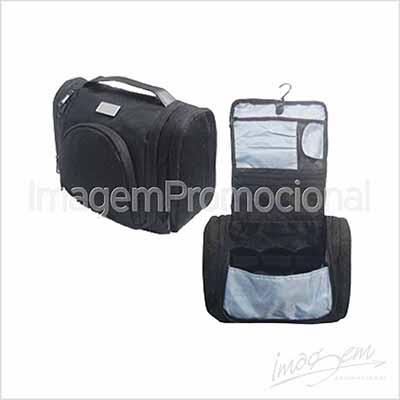 Imagem Promocional - Nécessaire cabideira com bolso.