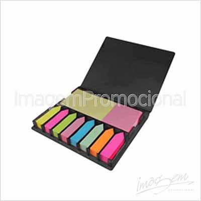Imagem Promocional - Porta bloco com bloquinhos adesivos, cores PT/ AZ / VM / VD