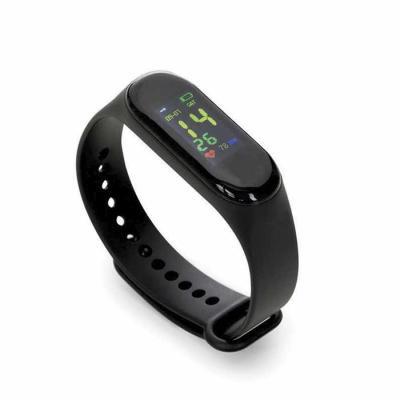 Classic Pen Brindes - Pulseira inteligente M3. O smartwatch é um relógio fit com sensor que monitora suas atividades do dia a dia para o controle de sua saúde, tem funções...